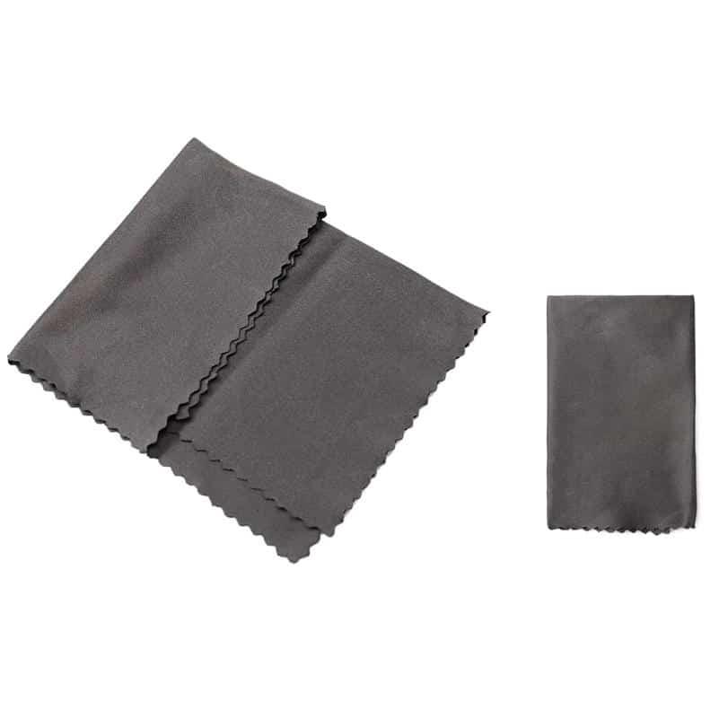 Smart anti-fogging cloth